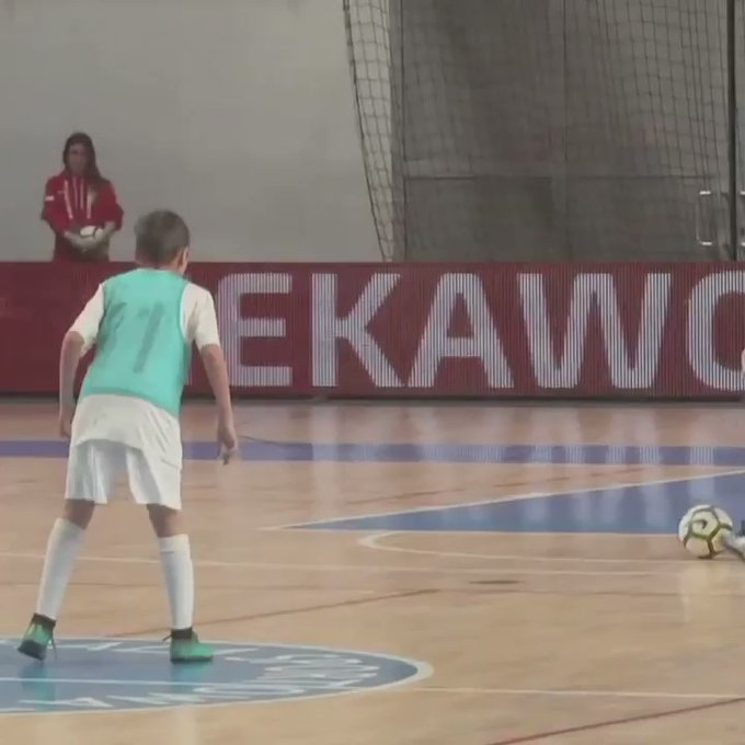 Golazo niño - Futsal