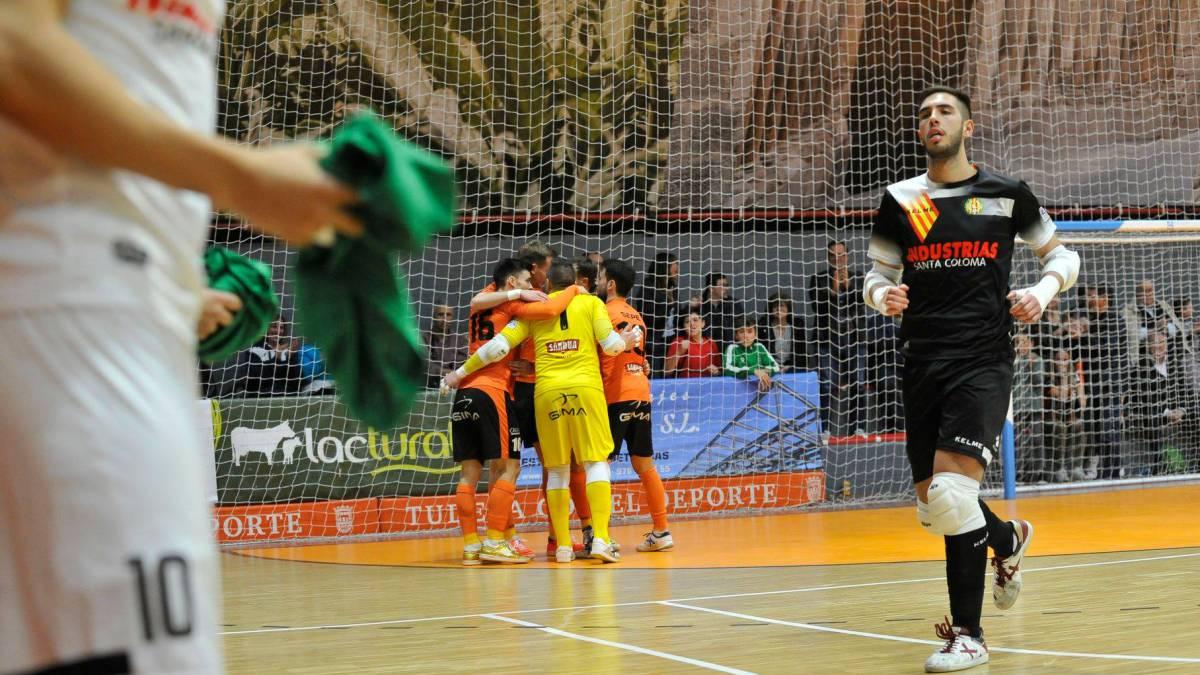 Borja Puerta debutó en la LNFS tras recibir 70 puntos en su mano