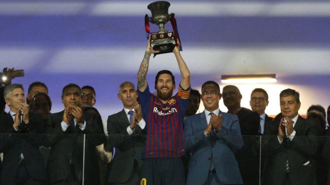 La nueva Supercopa de España de fútbol será en enero de 2020 y fuera de nuestro país