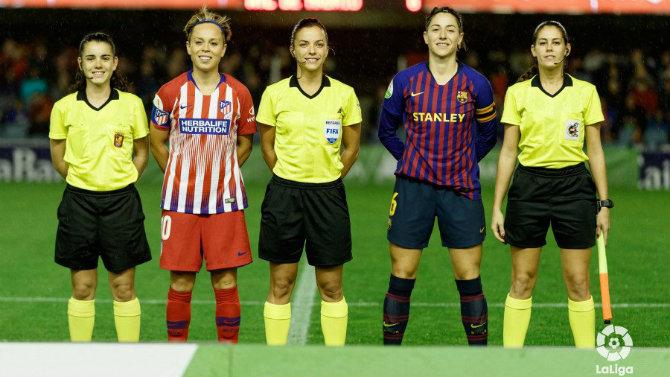 El fútbol femenino cierra el curso sin convenio y con amenaza de huelga